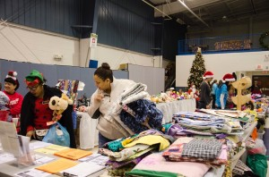 People receiveing CHristmas items