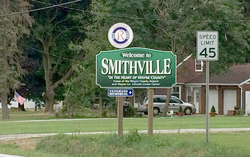 Smithville Village sign